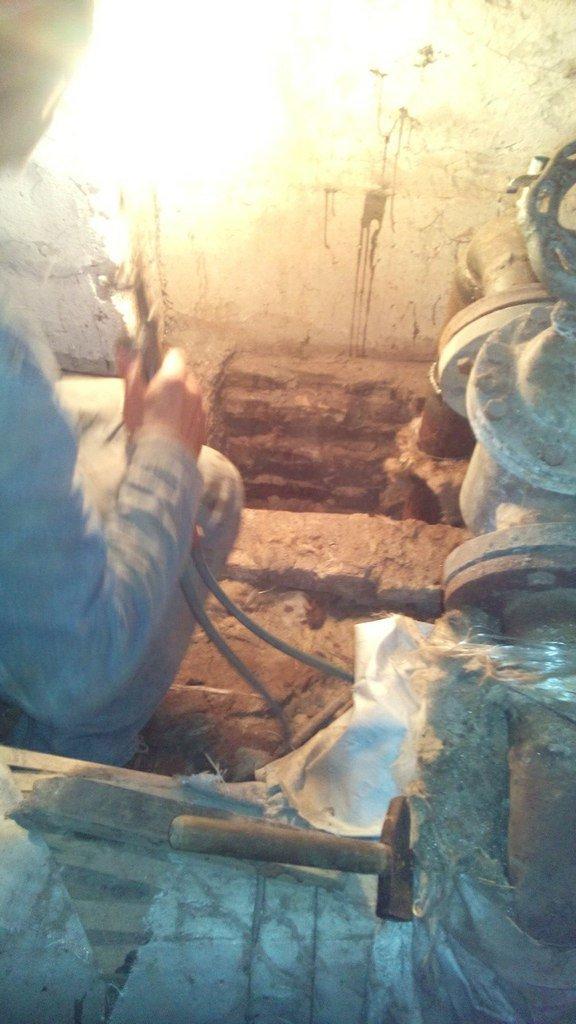 ООО «Управляющая компания Сумыстройтех» совместно с ООО «Сумытеплоэнерго» готовят жилой фонд к зиме (ФОТО) (фото) - фото 1