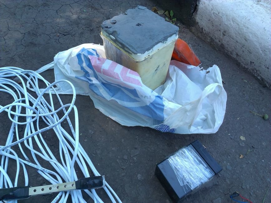 Руководителя фракции «Красноармейск за Украину» А. В. Шишко пытались запугать взрывчаткой, чтобы он не мешал разворовывать местную казну (фото) - фото 1