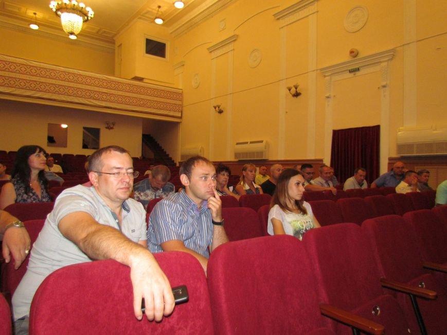 Мариупольские перевозчики хотят работать, как в Бердянске — по 2 грн. с льготника, фото-1