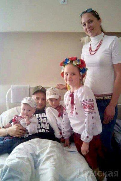 Раненому под Мариуполем разведчику подарят квартиру в Одессе, фото-1