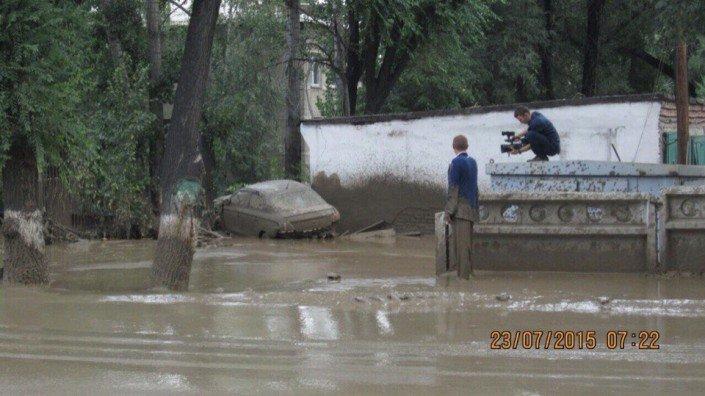 Мощный сель сошёл в Алматы (фото) - фото 9