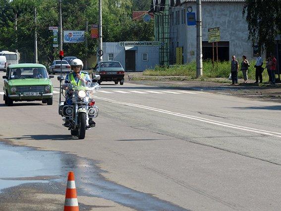 Прикарпатське ДАІ виконує службу на мотоциклах (ФОТО) (фото) - фото 3