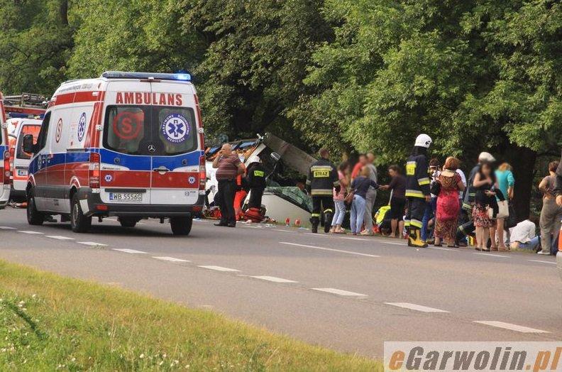 У ДТП за участю прикарпатського автобуса загинуло 5 людей (ФОТО) (фото) - фото 5