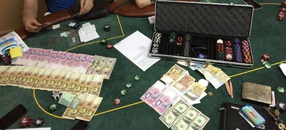 В Николаеве прикрыли подпольный покер-клуб (ФОТО+ВИДЕО) (фото) - фото 1