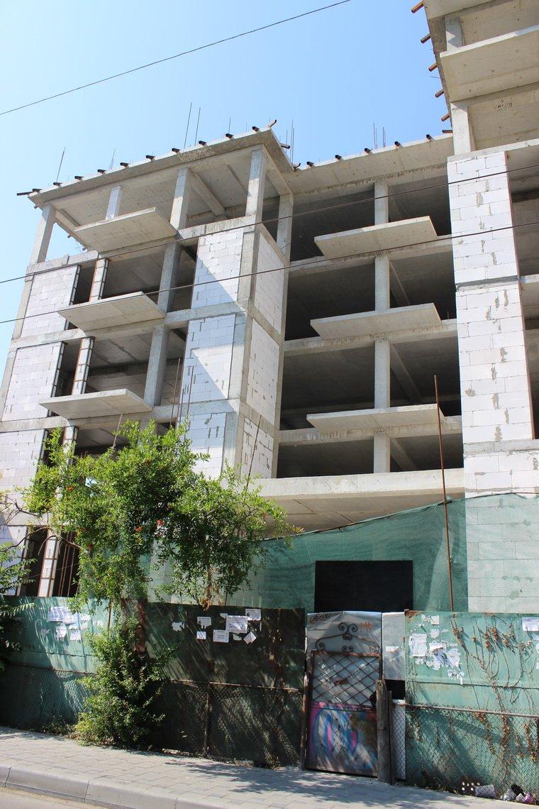 А из нашего окна стена бетонная видна…, фото-2