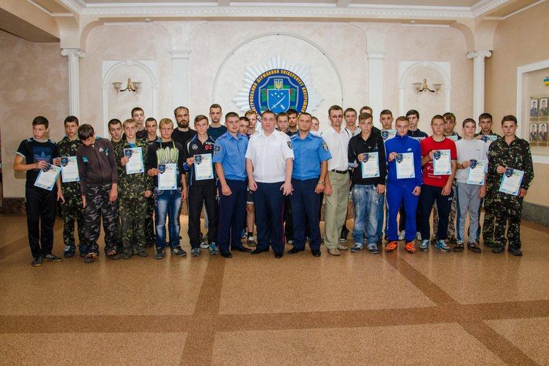 Днепродзержинские старшеклассники получили шевроны «молодого курсанта» (фото) - фото 5