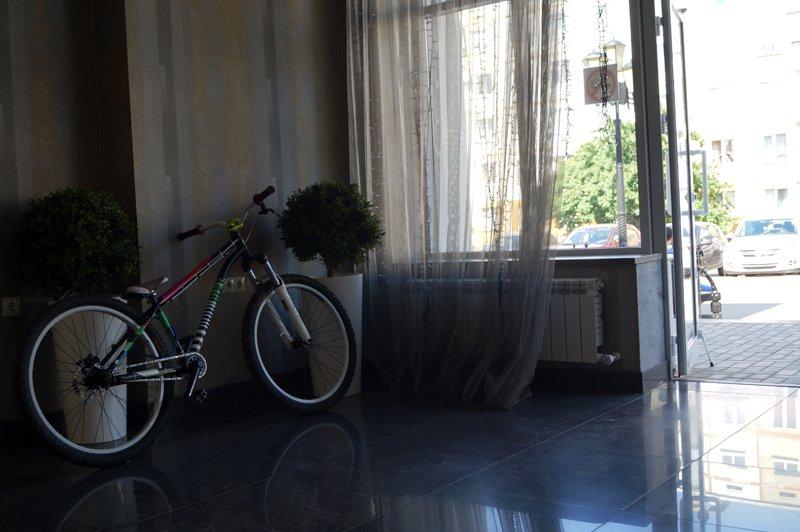 Замок на память. Как в Белгороде воруют и защищают от краж велосипеды, фото-1