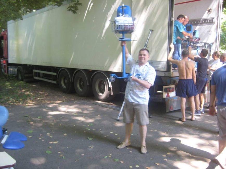 Буковинські волонтери передали благодійну допомогу реабілітаційному центру бійців АТО, фото-2