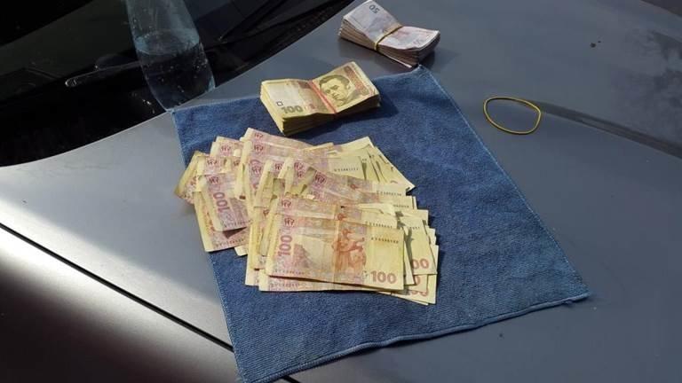 В Мариуполе СБУ задержала на взятке начальника следственного отдела милиции (фото) - фото 1