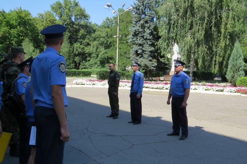 Пятничный инструктаж нарядов милиции в Красноармейске, фото-1