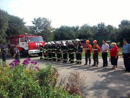 У Красилові гасили умовну пожежу у дитсадку (ФОТО) (фото) - фото 2