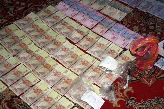 В Кременчуге у наркоторговки изъяли опиум на сумму 1 млн. гривен (фото) - фото 1