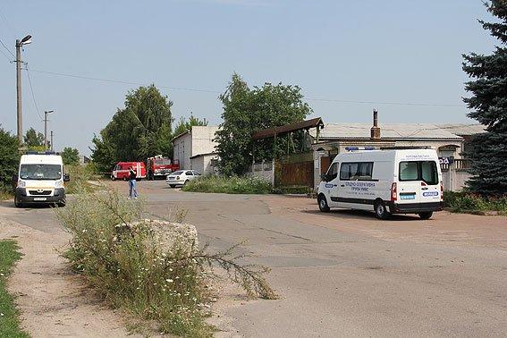 В Чернигове телефонный террорист «заминировал» три здания, фото-1
