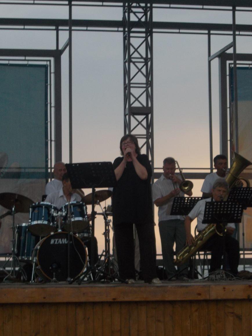 В Бердянске состоялся концерт оркестра «Азовская чайка» (фото) - фото 6