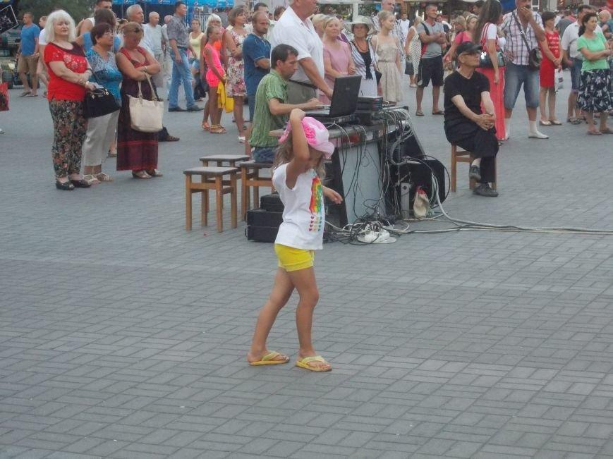 В Бердянске состоялся концерт оркестра «Азовская чайка» (фото) - фото 7