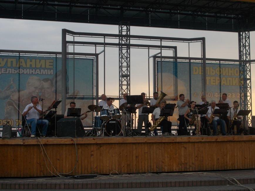 В Бердянске состоялся концерт оркестра «Азовская чайка» (фото) - фото 3