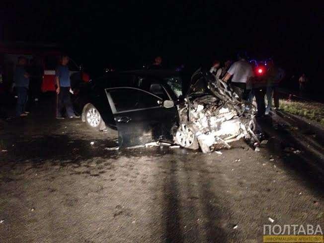 В  ДТП под Полтавой 2 человека погибли, 4 получили травмы, в том числе и глава Конституционного суда Украины (ФОТО) (фото) - фото 2