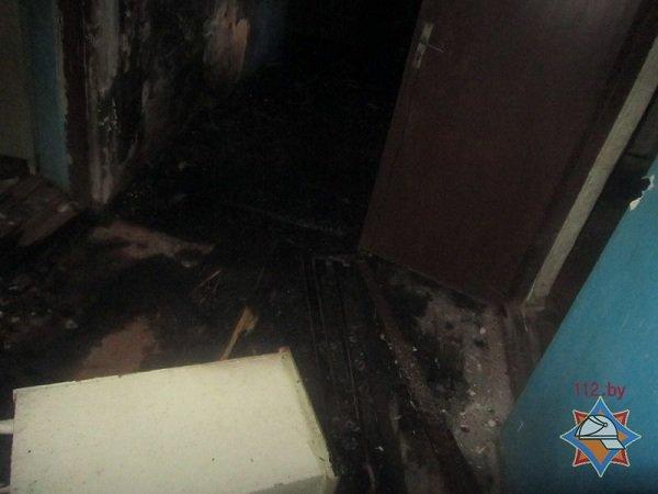 В центре Гродно горел дом с двумя бомжами (фото) - фото 2