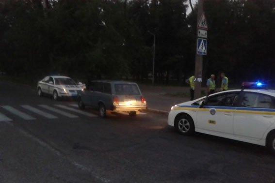 Запорожская милиция устроила погоню за краденым автомобилем (ФОТО) (фото) - фото 1