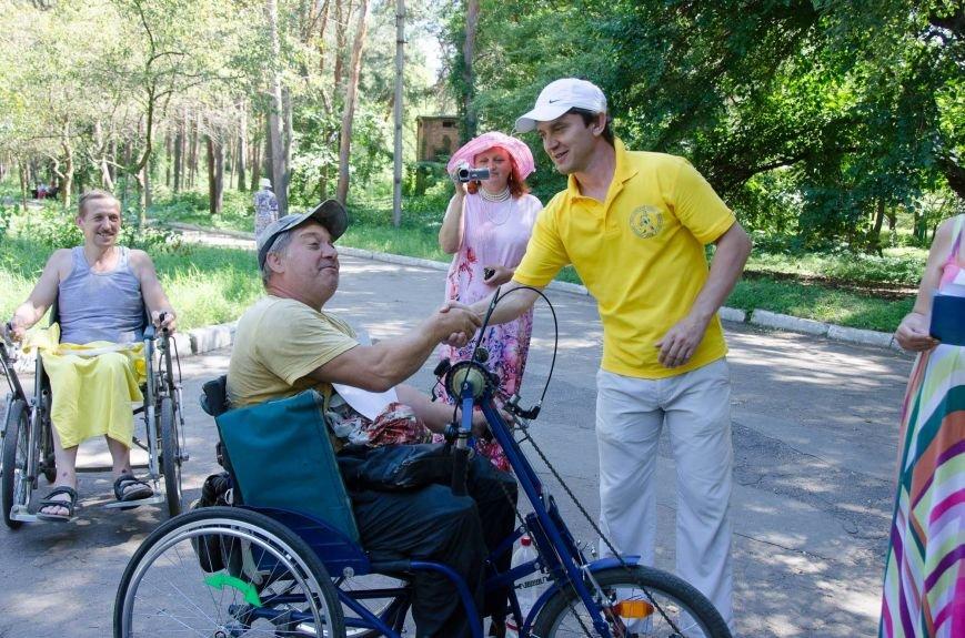 На озере Рапное краматорские инвалиды соревновались в плавании (ФОТО), фото-13