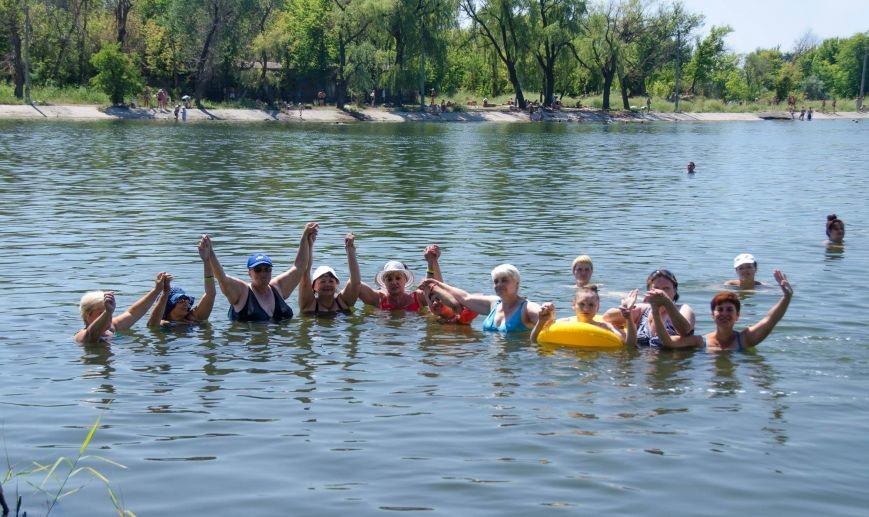 На озере Рапное краматорские инвалиды соревновались в плавании (ФОТО), фото-8