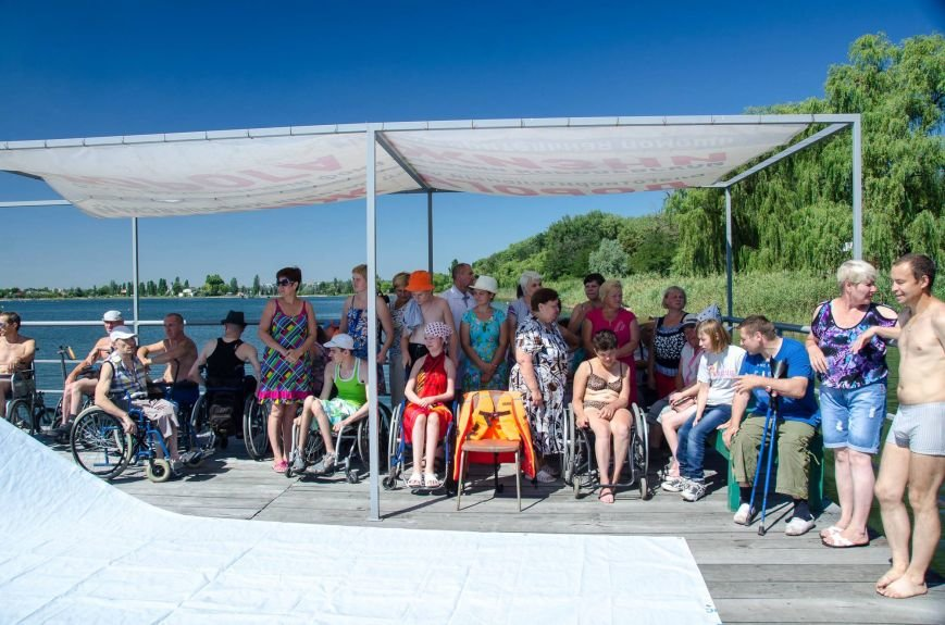 На озере Рапное краматорские инвалиды соревновались в плавании (ФОТО), фото-1