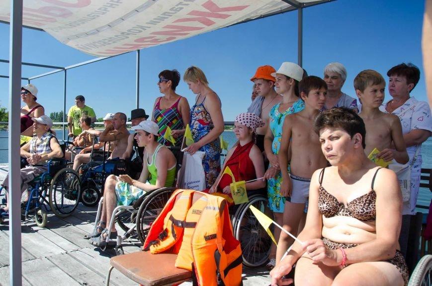 На озере Рапное краматорские инвалиды соревновались в плавании (ФОТО), фото-2