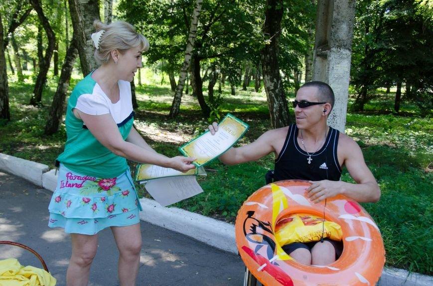 На озере Рапное краматорские инвалиды соревновались в плавании (ФОТО), фото-10
