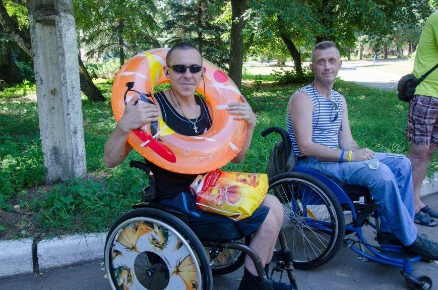 На озере Рапное краматорские инвалиды соревновались в плавании (ФОТО), фото-18