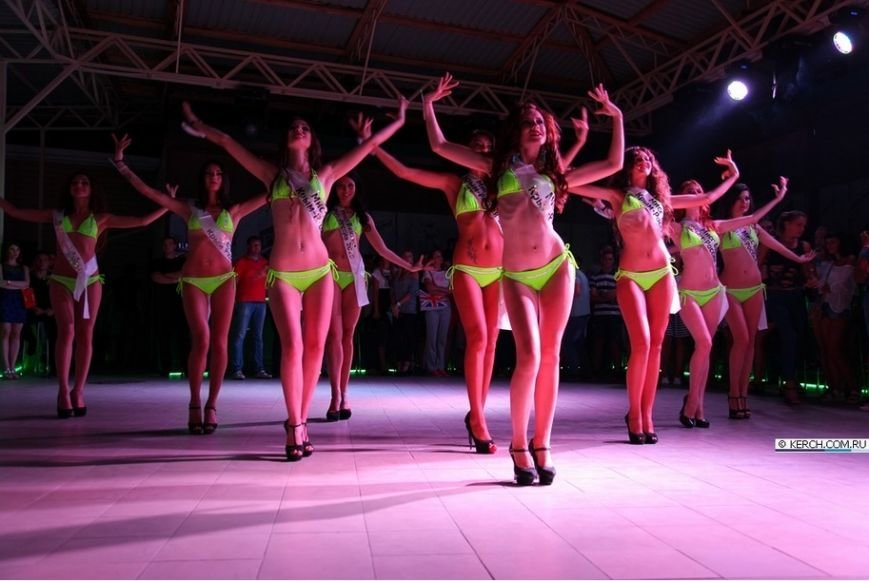 Победительницей конкурса «Мисс бикини Крым-Россия» стала 19-летняя красавица из Курска (ФОТО) (фото) - фото 1