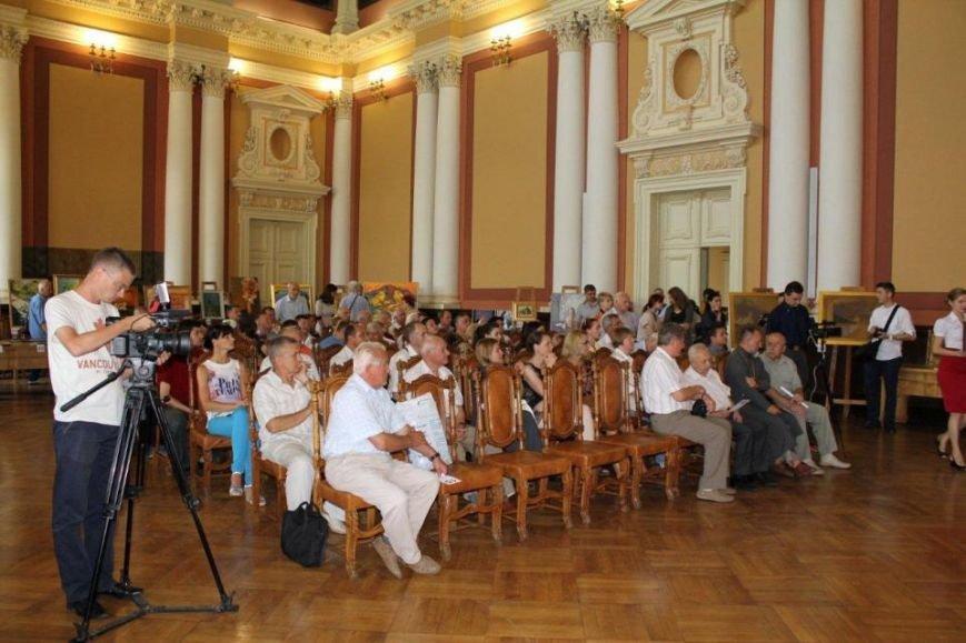 У Львівській політехніці на благодійному художньому аукціоні зібрали 270 тис. грн. на пам'ятник Шептицькому (ФОТО) (фото) - фото 4