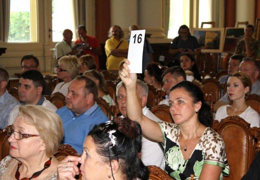 У Львівській політехніці на благодійному художньому аукціоні зібрали 270 тис. грн. на пам'ятник Шептицькому (ФОТО) (фото) - фото 2