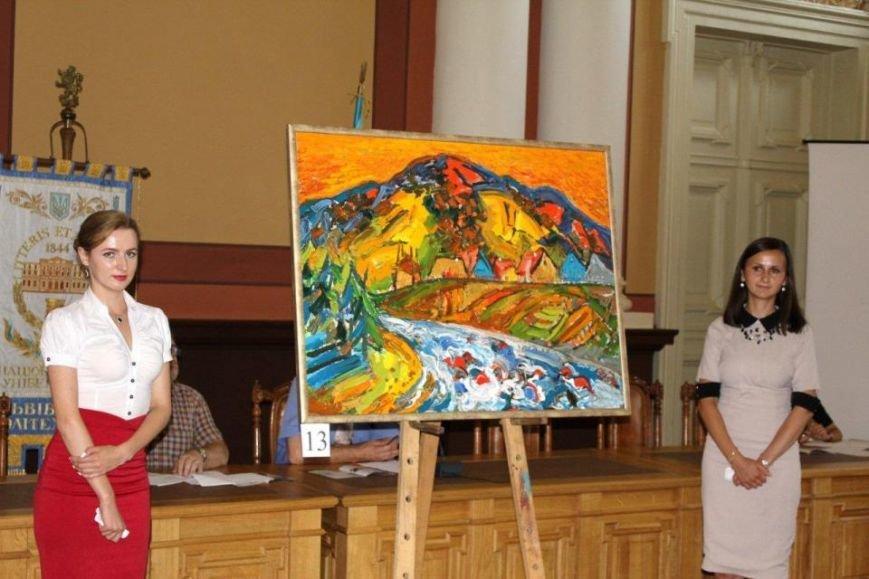 У Львівській політехніці на благодійному художньому аукціоні зібрали 270 тис. грн. на пам'ятник Шептицькому (ФОТО) (фото) - фото 6