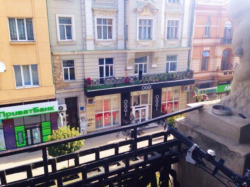Вид з балкону, де знаходиться редакція (фото - Наталя Гостило)