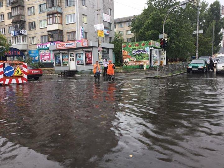 Фотоподборка: Киев накрыл мощный ливень (фото) - фото 5