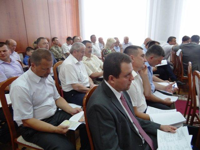 Голова Рівненської ОДА вимагає звітності про забезпечення родин учасників АТО (фото) - фото 1