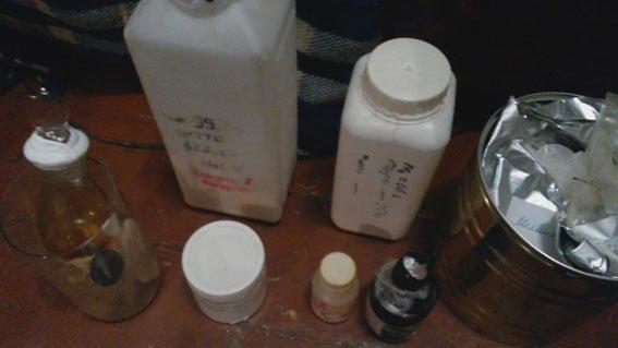 Запрожец и днепропетровчанин создали нарколабораторию и продавали молодежи «Экстази» (ФОТО) (фото) - фото 2