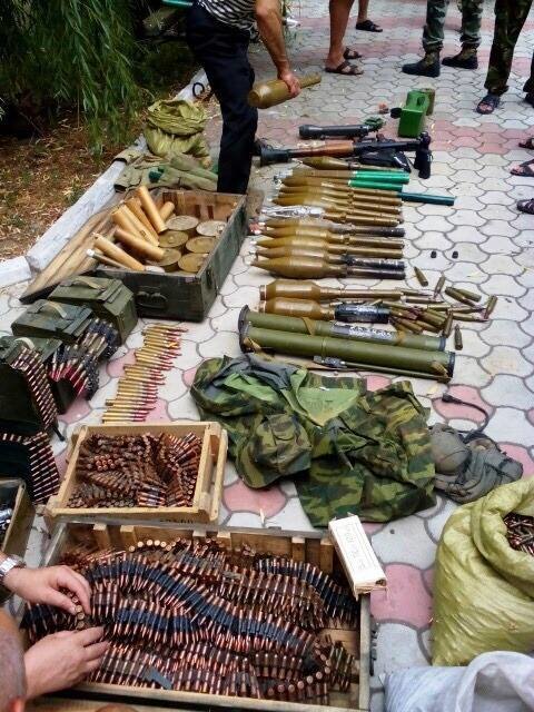 Перед уходом из Широкино «Донбасс» разоружил сепаратистов, фото-2