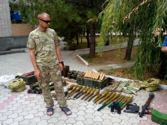 Перед уходом из Широкино «Донбасс» разоружил сепаратистов, фото-1