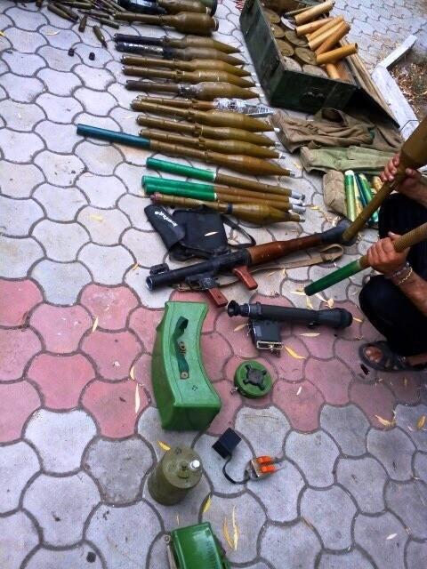 Перед уходом из Широкино «Донбасс» разоружил сепаратистов, фото-3