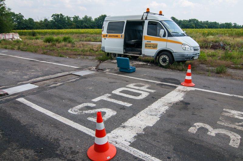 На дорогах Днепропетровщины из-за жары ограничили движение грузовиков (фото) - фото 2