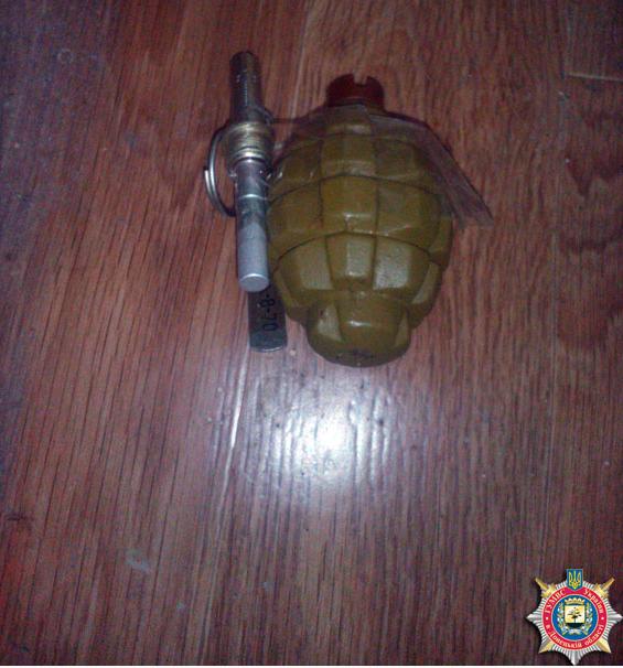 Задержан житель Красноармейска, хранивший дома оружие и боеприпасы, фото-1