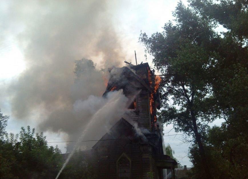 В Сумской области молния сожгла старинную церковь, построенную в 1685 году (ФОТО) (фото) - фото 1
