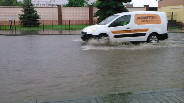 Сильные дожди глазами гродненцев - грозы, град и потопы местного уровня (фото) - фото 2