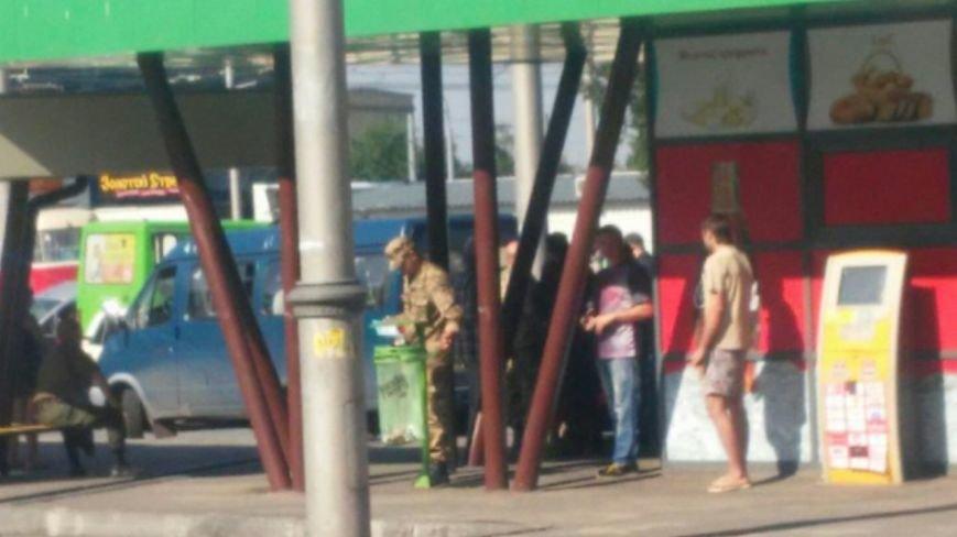 Харьковские военные продолжают «уличную мобилизацию», несмотря на приказ губернатора (фото) - фото 1