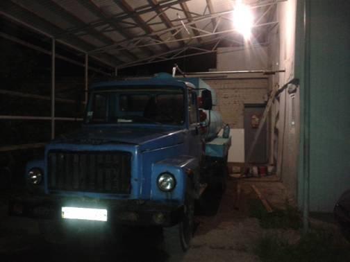 На Львівщині викрили підприємця, який організував незаконний видобуток прісної  води  (ФОТО) (фото) - фото 1