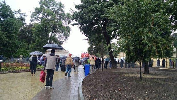 Сотні львів'ян прийшли вшанувати пам'ять Андрея Шептицького (ФОТО), фото-10