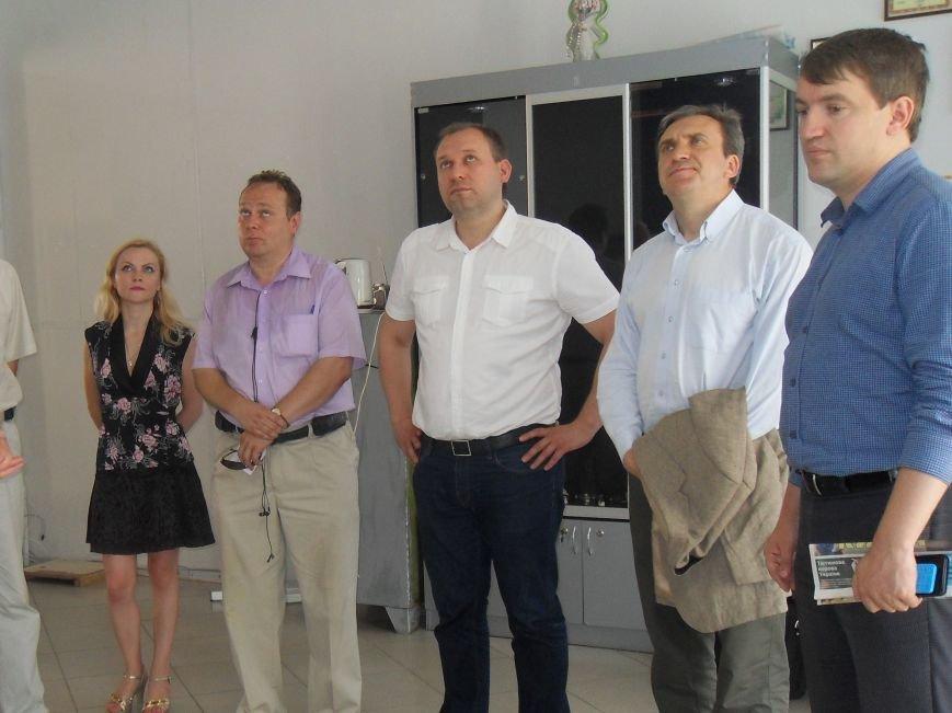 Екс-міністр відвідав унікальне підприємство у Полтаві (фото) - фото 1