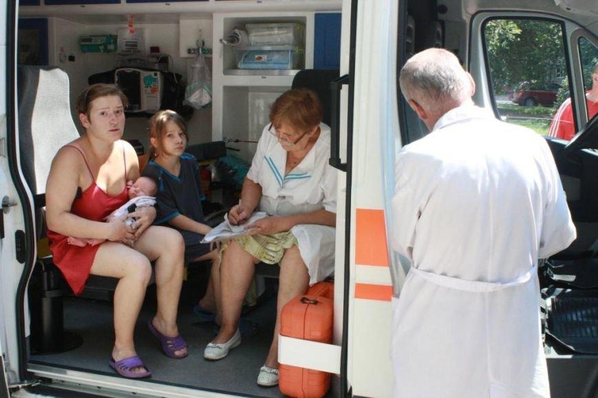 Пожар в лифте запорожской многоэтажки - трое детей попали в больницу (ФОТО, ВИДЕО) (фото) - фото 3
