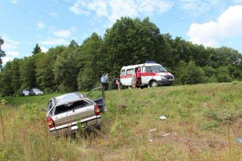 Под Гродно перевернулась машина с четырьмя малолетними детьми (фото) - фото 5